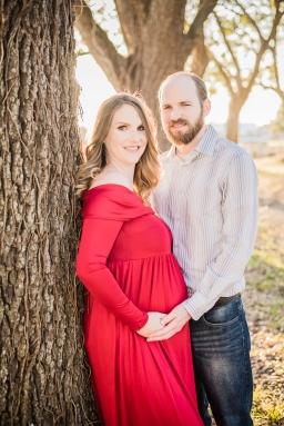 Maternity-Couple-16