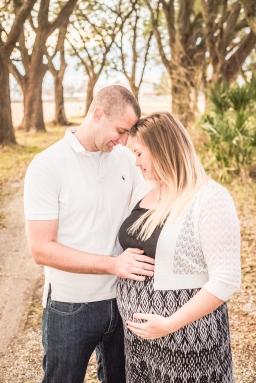 Maternity-Couple-54